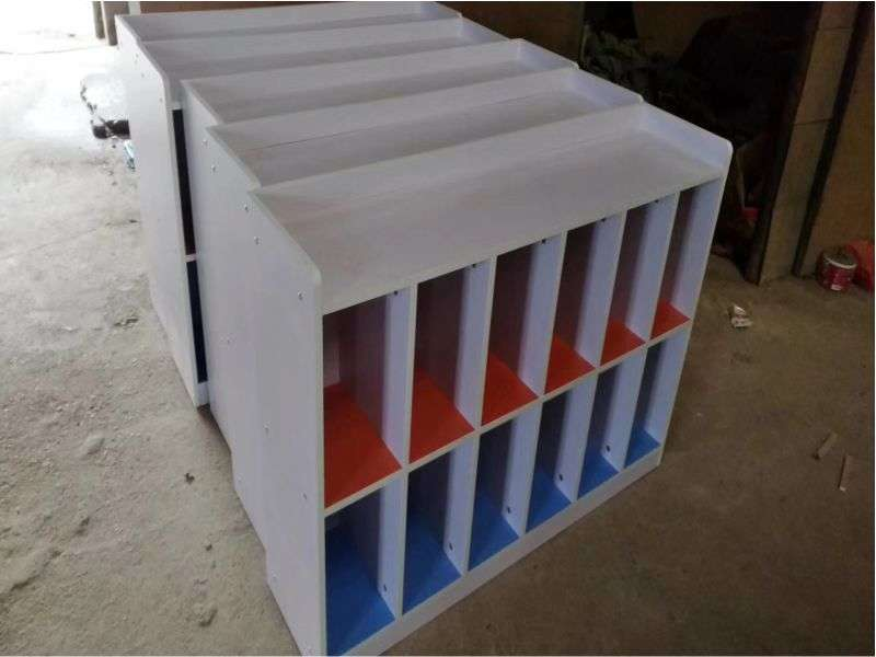 免漆板玩具柜12