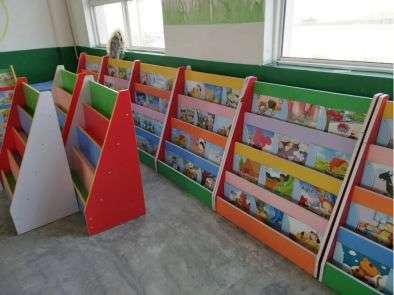 玉龙幼儿园玩具柜